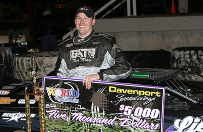 Chad Simpson picked up $5,000 at Davenport. (mikerueferphotos.photoreflect.com)