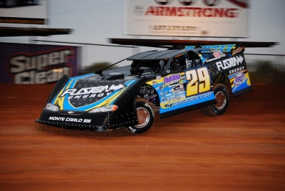 Fast qualifier Darrell Lanigan will start on the pole June 25. (sitvasonphotos.com)