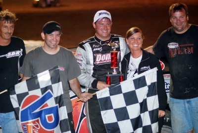 Shannon Babb's team celebrates at Shepp's Speedway.(DirtonDirt.com)