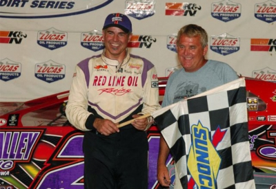 Promoter Johnny Stokes joins Billy Moyer in victory lane. (rickschwalliephotos.com)