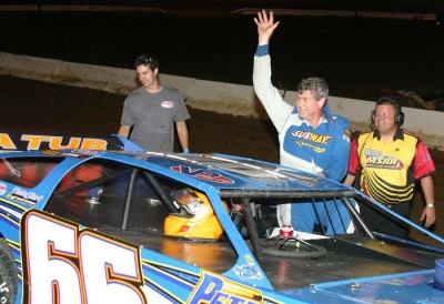 Frye waves to the Batesville crowd. (Ron Mitchell)