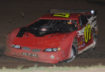 Kelly Boen races to victory Friday in McCool Junction. (fasttrackphotos.net)