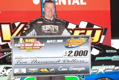 Chad Simpson collects his check at Deer Creek. (jdphotosports.photoreflect.com)