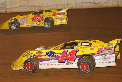 Winner Jack Pencil (14) duels Jason Covert (43a). (wrtspeedwerx.com)
