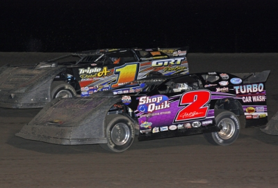 John Anderson (2) heads for victory at Jetmore. (Ron Mitchell)