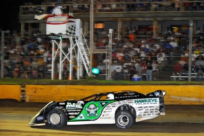 Scott Bloomquist has one lap for $50,000. (thesportswire.net)