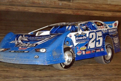 Josh Richards heads for victory at PPMS. (Frank Wilson)