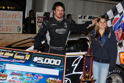 Jonathan Davenport in victory lane at Cleveland. (dt52photos.com)