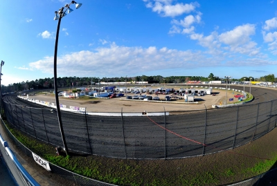 The half-mile Volusia Speedway Park track. (thesportswire.net)