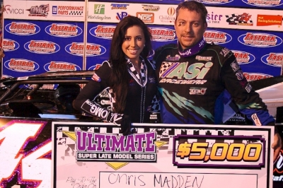 Chris Madden picks up $5,000 at the track on the South Carolina-Georgia border. (stonesracingphotos.com)