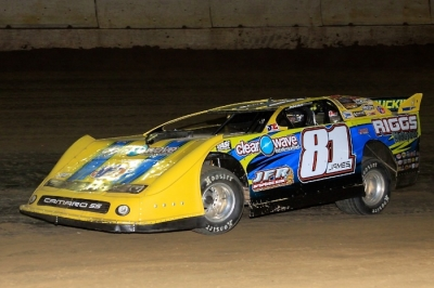 Scott James motors toward victory at Highland. (stlracingphotos.com)