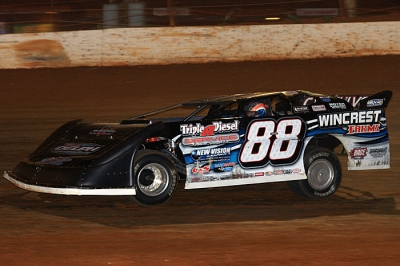 Wendell Wallace earned $10,000 at Clarksville Speedway. (kohlsracingphotos.com)