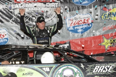 Scott Bloomquist emerges victorious at Magnolia. (Scott Oglesby)
