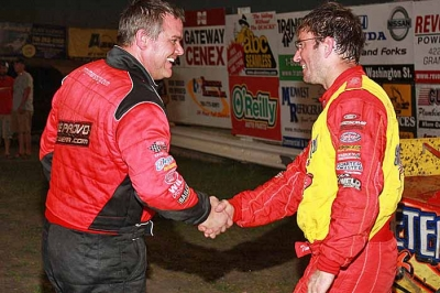 River Cities winner Tim McCreadie (right) is congratulated by runner-up Jimmy Mars. (ornesscreations.com)