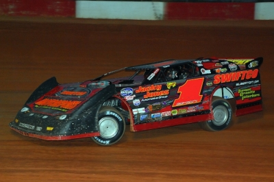 Brent Dixon set fast time and led all 53 laps at Screven. (focusedonracing.com)