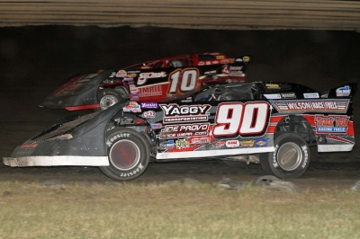 Lance Matthees (90) motors toward victory at Dakota State Fair Speedway. (crpphotos.com)