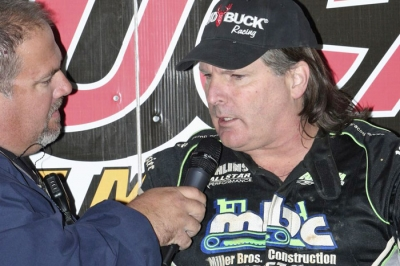 Scott Bloomquist talks about his quick qualifying lap. (Barry Johnson)