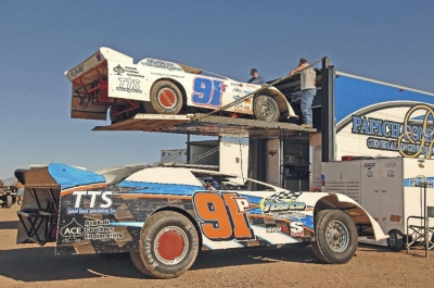Tony Toste (91T) and Jason Papich (91P) are among California drivers expected in Tucson. (photofinishphotos.com)