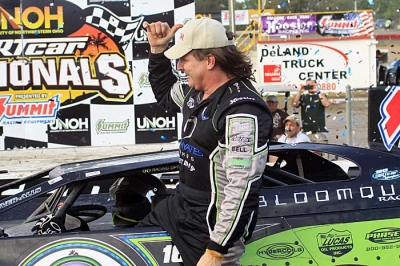 Scott Bloomquist picked up his first win of the season in Volusia's day race. (stlracing.com)