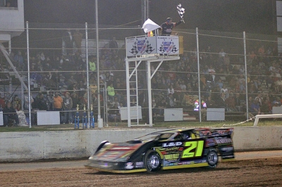 Billy Moyer takes the win a I-30 Speedway. (Best Photography)