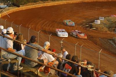 The last national tour event at 311 Motor Speedway in 2004. (rickschwalliephotos.com