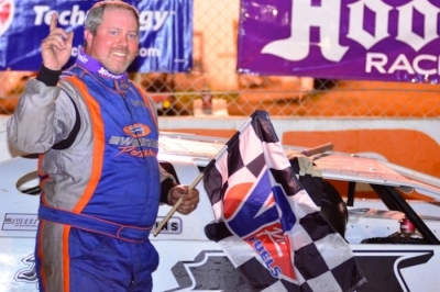 Chad Ogle celebrates his $5,000 victory. (photobyconnie.com)