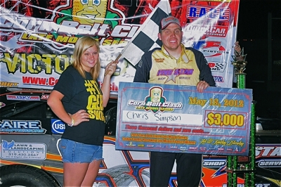 Chris Simpson earned $3,000 at Cedar County Raceway. (www.jdphotosports.photoreflect.com)