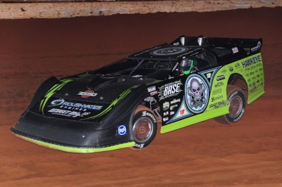 Scott Bloomquist led all the way in the Toyota Knoxville 50 in Tazewell, Tenn. (dt52photos.com)