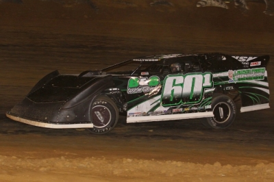 Curtis Cook rolls toward victory at Beebe Speedway. (Woody Hampton)