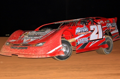 Luke Roffers tunes up Saturday at Fayetteville, where he won the night's main event. (thatsrightphotography.net)
