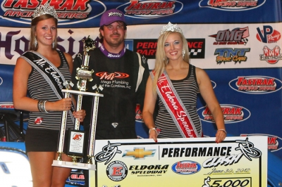 Jonathan Davenport won at Eldora in the AES Racing No. 38. (www.alisonwilliamsphotos.com)