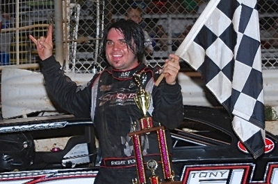 Ronny Lee Hollingsworth celebrates his James Nickoles Memorial victory. (photobyconnie.com)
