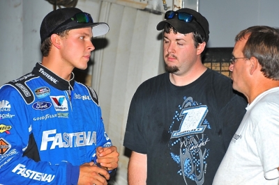 Trevor Bayne (left) chats with Warrior's Sanford Goddard (right) at Smoky Mountain. (mrmracing.net)