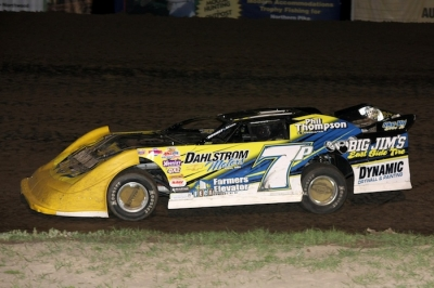 Joey Pederson heads for his fifth career NLRA victory. (cbracephotos.com)
