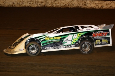 Jackie Boggs heads to his second career Lucas Oil Late Model Dirt Series victory. (rdwphotos.smugmug.com)