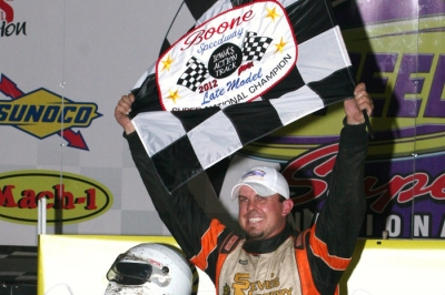 Mike Murphy Jr. shows off the checkers after his 22nd-to-first victory. (Barry Johnson)