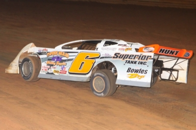 Jamie Lathroum heads to a $20,000 victory at Virginia Motor Speedway. (pbase.com/cyberslash)