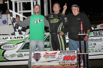 Jason Feger celebrates a $5,000 victory at Peoria. (Brendon Bauman)