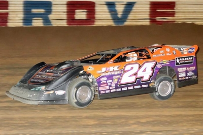 Rick Eckert heads to victory at Selinsgrove. (pbase.com/cyberslash)