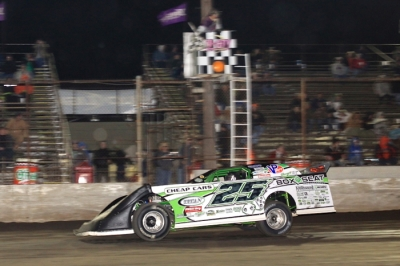 Jason Feger won $2,000 in Tri-City's Monster Mash 30. (stlracingphotos.com)