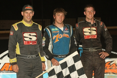 Winner Mike Pegher (center) leads the Roaring Knob podium. (Tommy Michaels)