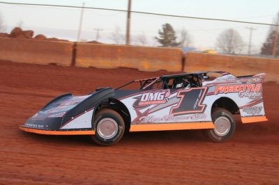 Jason Hiett grabbed $3,000 on March 1 at Cherokee Speedway. (ZSK Photography)
