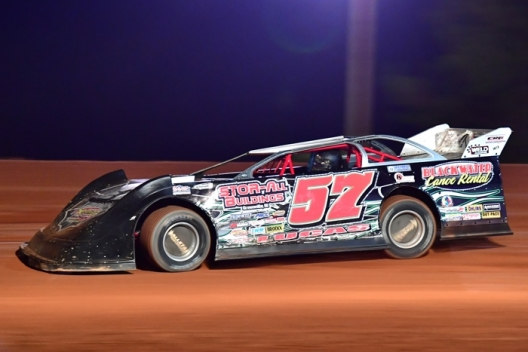 Dirt on Dirt Lucas celebrates Independence 40 win at Penton