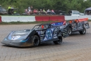 Scott Bloomquist (0) edges ahead of Jack Sullivan en route to his Topless 100 victory. (heathlawsonphotos.com)