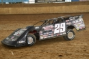 Darrell Lanigan tunes up at Florence (Ky.) Speedway before his $5,000 victory on Saturday. (Brandon Murray)