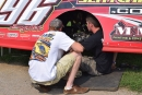 Tanner English (right) gets his car ready for Sunday's Summernationals action. (DirtonDirt.com)