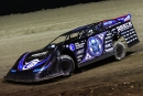 Scott Bloomquist led the final 14 laps to win at Brown County in Aberdeen, S.D. (heathlawsonphotos.com)